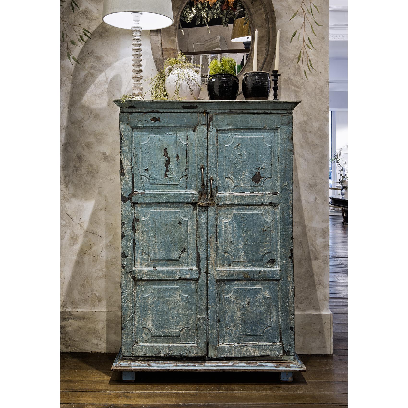Mueble antiguo en color verde agua - Sandra Marcos Interiorismo